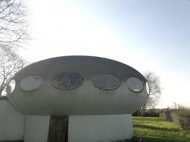 Futuro, Aéroport de Lorient Bretagne Sud - Courtesy Of Cnesobservatoire-Cosmothropos 3