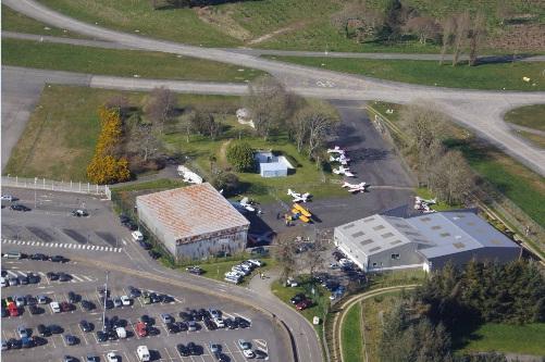 Futuro, Aéroport de Lorient Bretagne Sud - Aeroclub Lorient Gazette April 2013