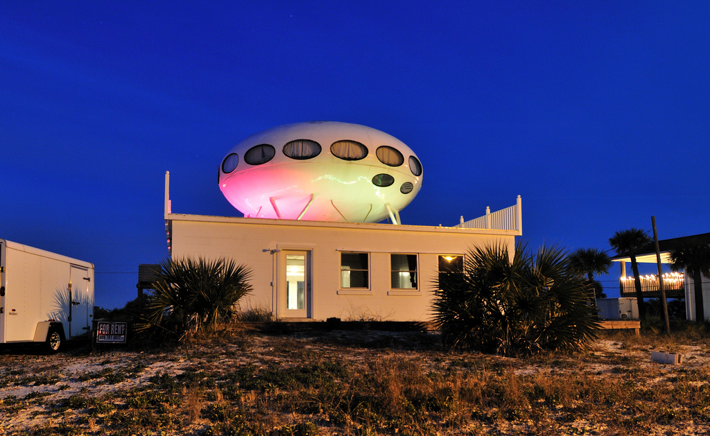 Futuro, Pensacola Beach, Florida, USA - Gregory Moine
