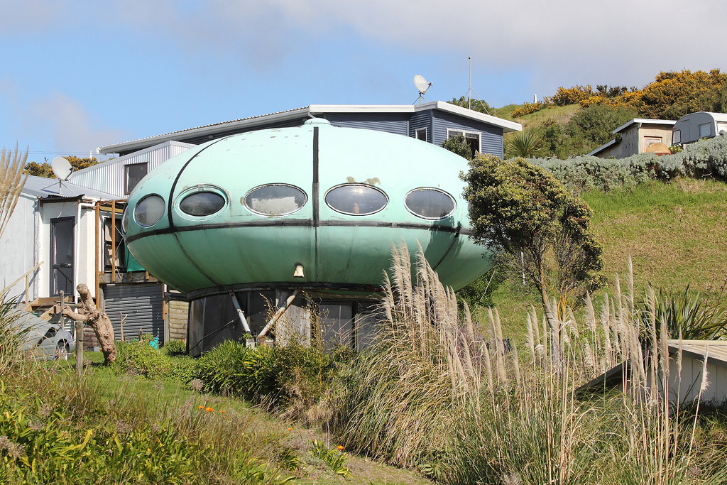 Futuro, Raglan, New Zealand - Noel Jones