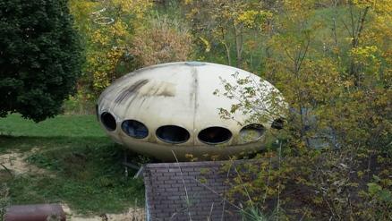 Futuro, Rockland, Wisconsin, USA - Sarah Buehler 101213