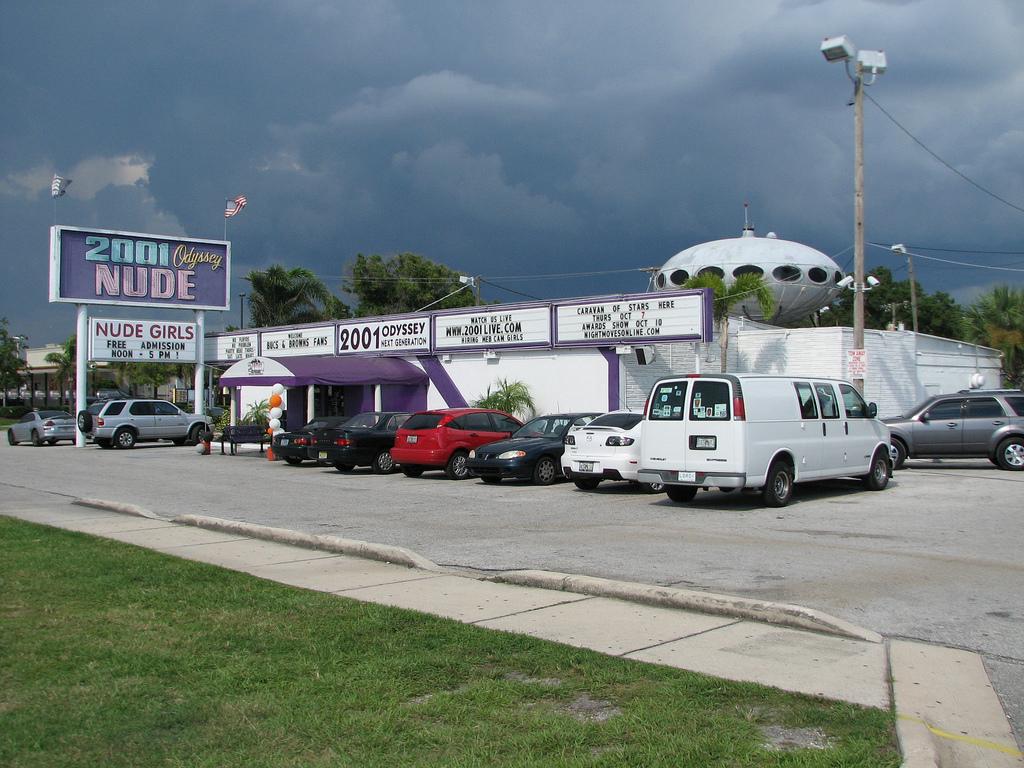 Futuro, Tampa, FL, USA - Alt 1