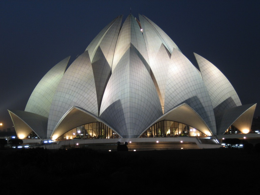 http://www.thegrumpyoldlimey.com/images/buildings/lotus_main.jpg