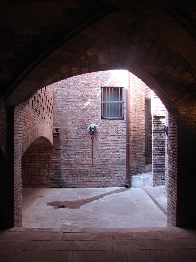 Palau Guell - Courtyard