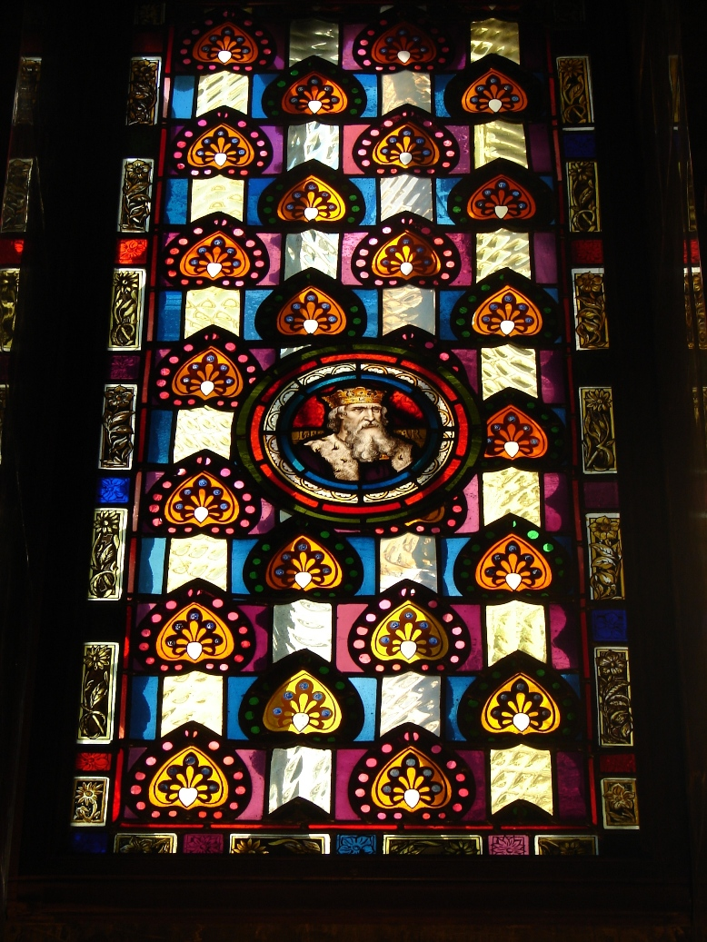 Palau Guell - Windows - Faces 1