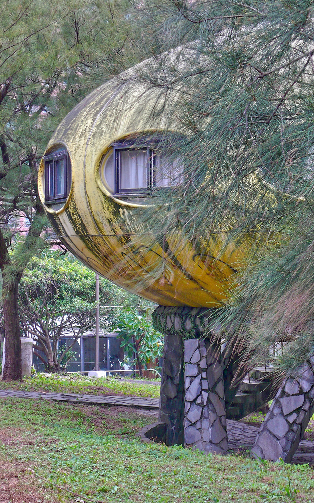 Futuro, Wanli, Taiwan - Peggie Scott 5