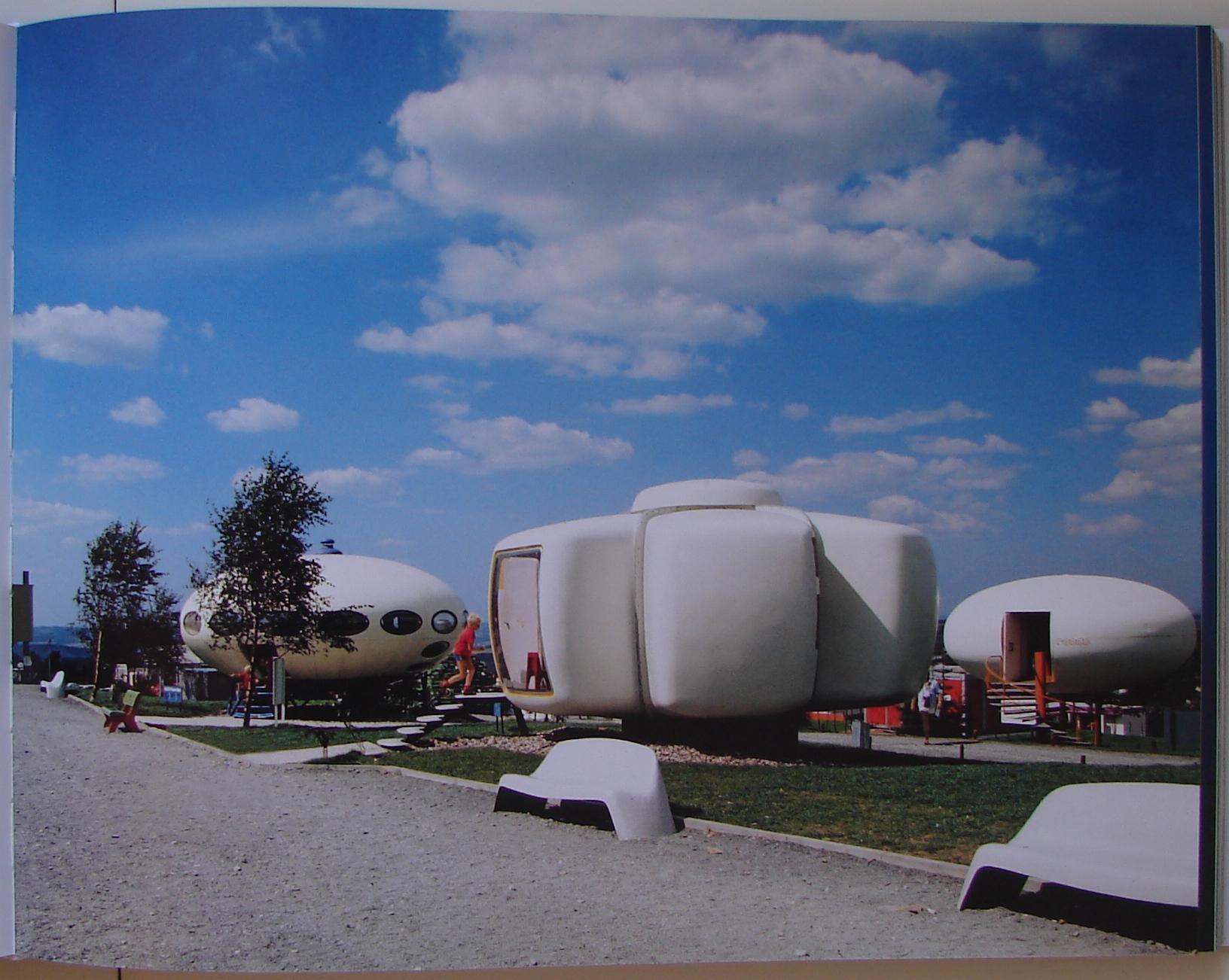 Futuro At Internationale Kunststoffhaus Ausstellung Lüdenscheid - Prefab Houses Page 151